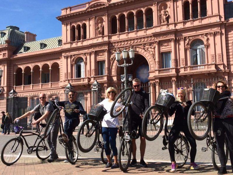 wat te doen in buenos aires? zie casa rosada met de highlights fietstour