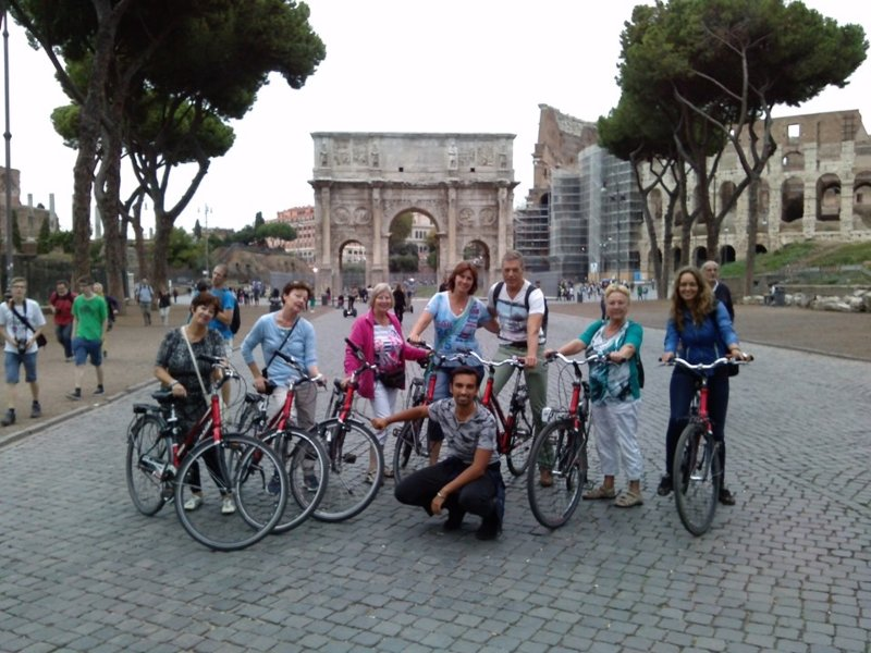 Rome Bike Tour + Bike Rental
