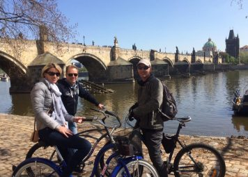 Prague E-bike highlights bike route