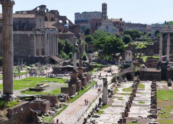 Rome Colosseum and Forum Walk