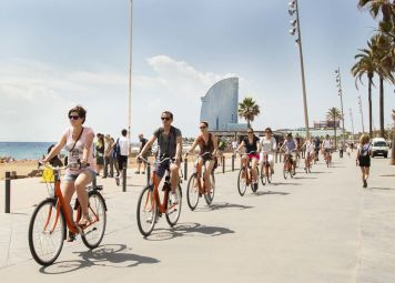 Barcelona Beaches & Barrios Bike Tour