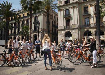 Barcelona Tour & Bike Rental Combo