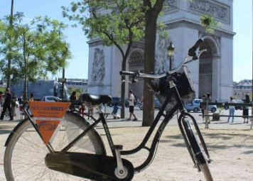 Paris by bike with kids