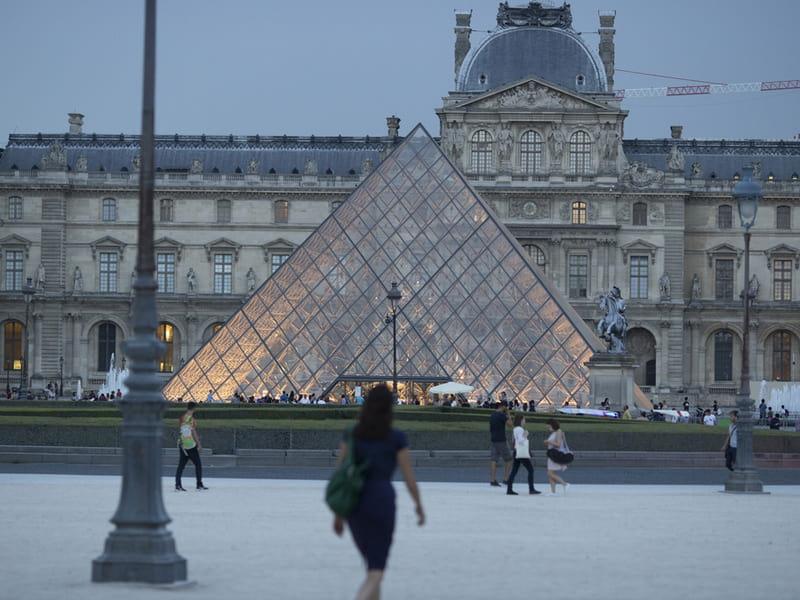 Koop Louvre Entree tickets online