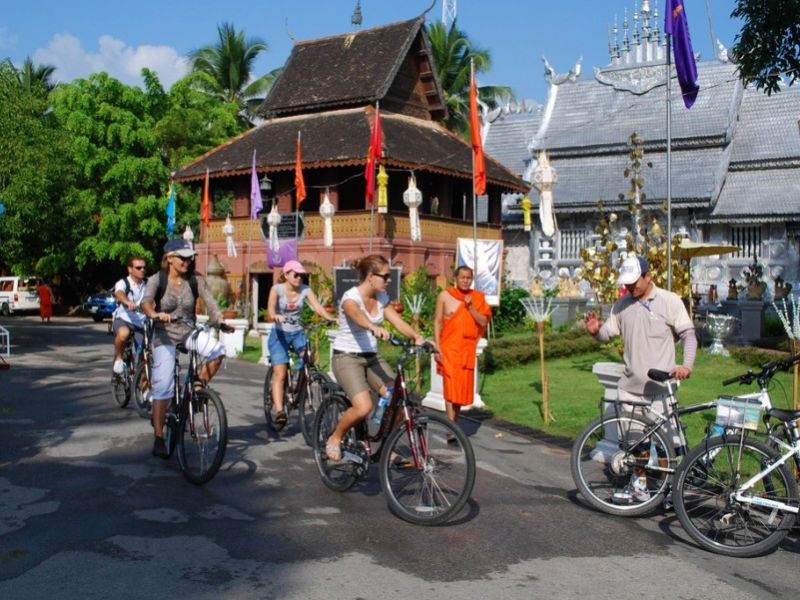 Chiang Mai City Culture Bike Tour